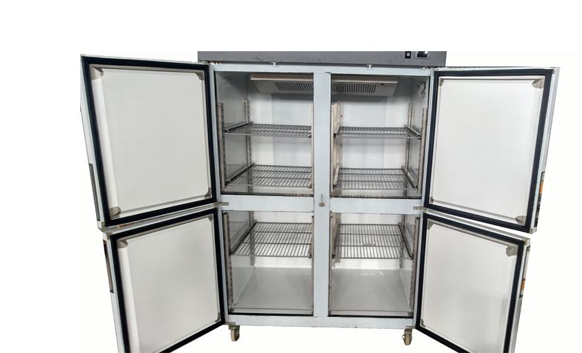 Giá thành tủ còn phụ thuộc vào đơn vị phân phối